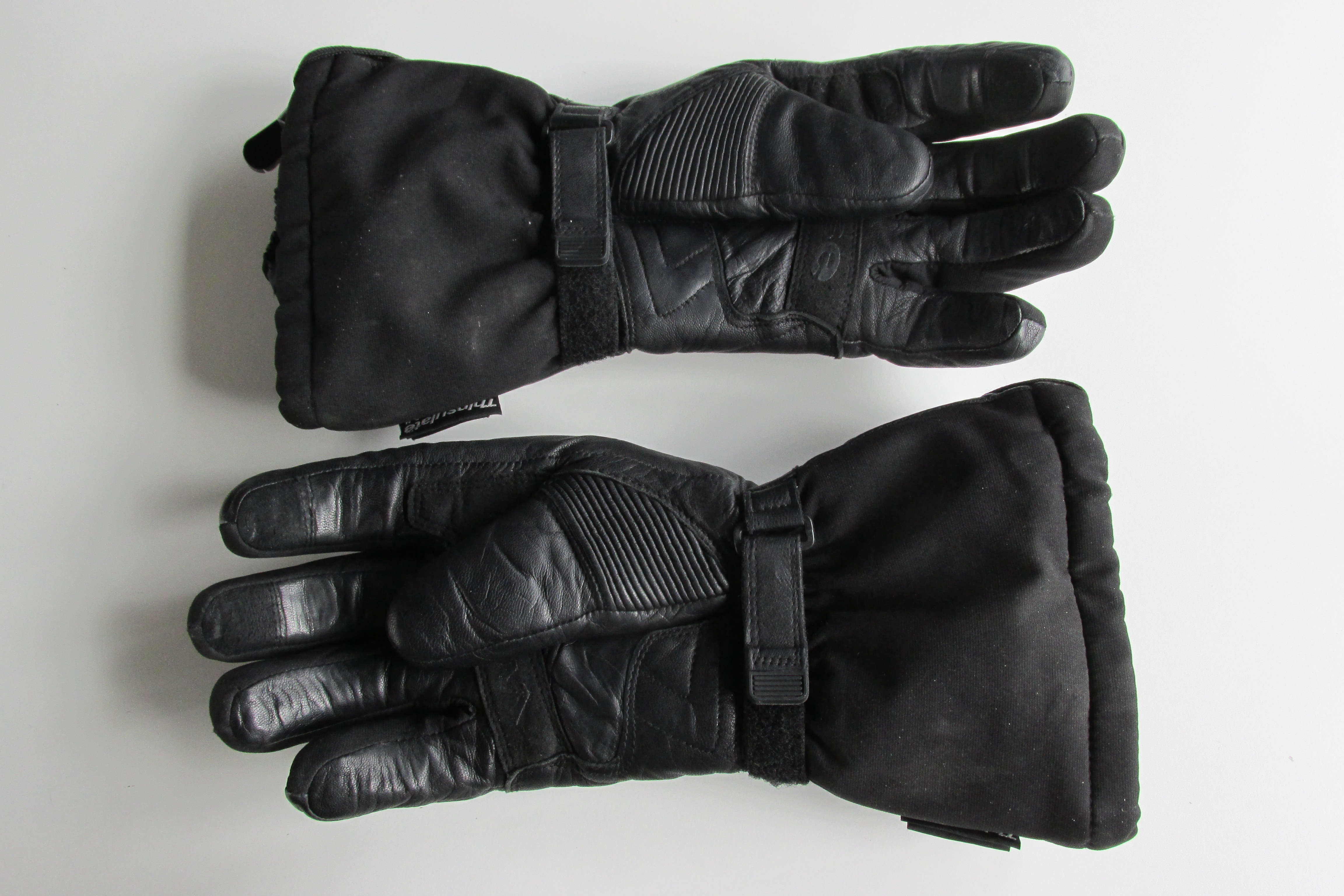 Heated motorcycle gloves vs heated grips - Details Heated Motorcycle Gloves