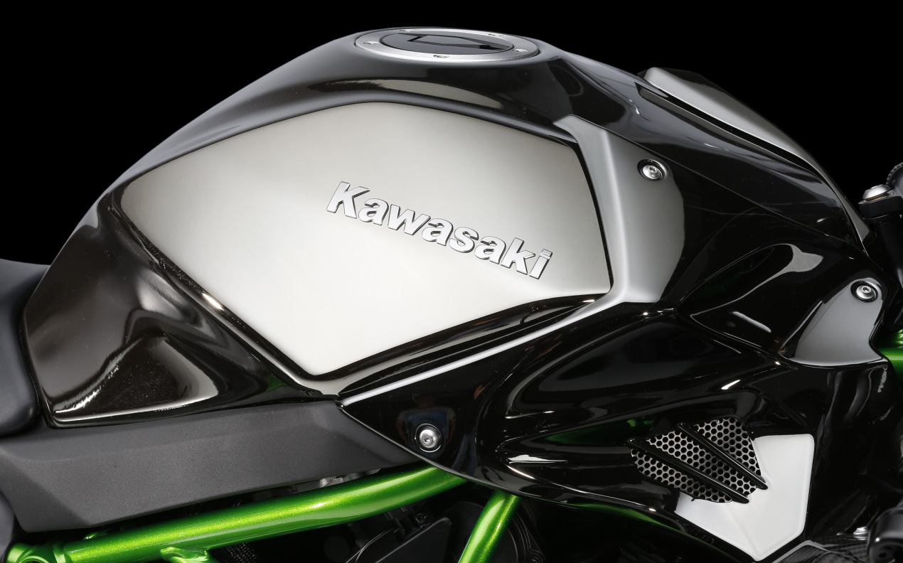 Intermot 2014: Kawasaki Ninja H2 video and uber gallery