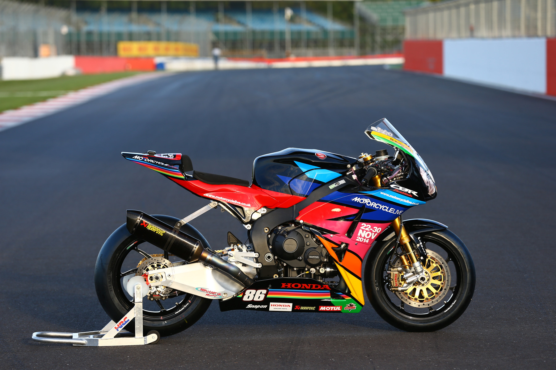 Motorcycle Live livery Fireblade to race at Silverstone