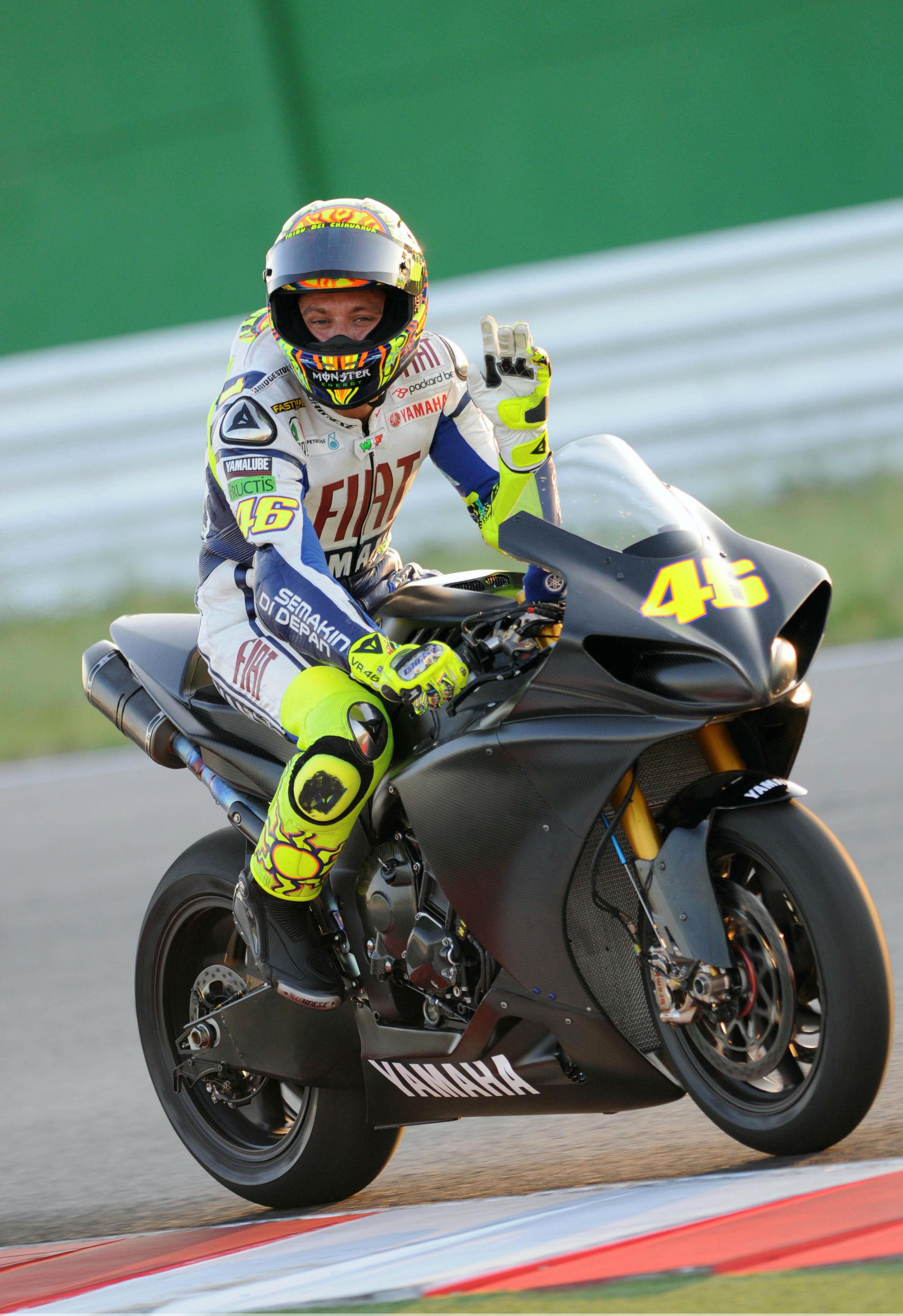 Valentino Rossi set to test new 230hp Yamaha R1