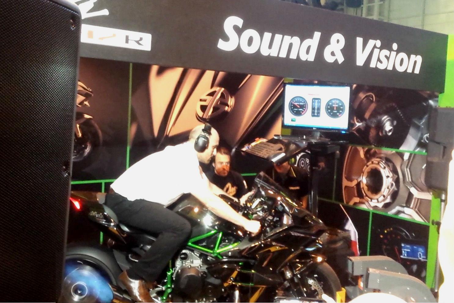 Video: Kawasaki Ninja H2 R on the dyno at Motorcycle Live