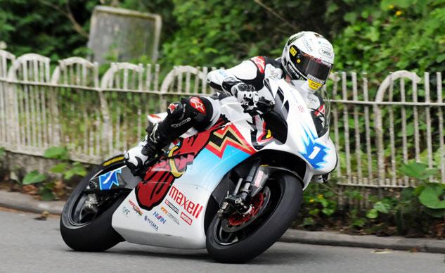 John McGuinness to race with Mugen at 2015 TT Zero