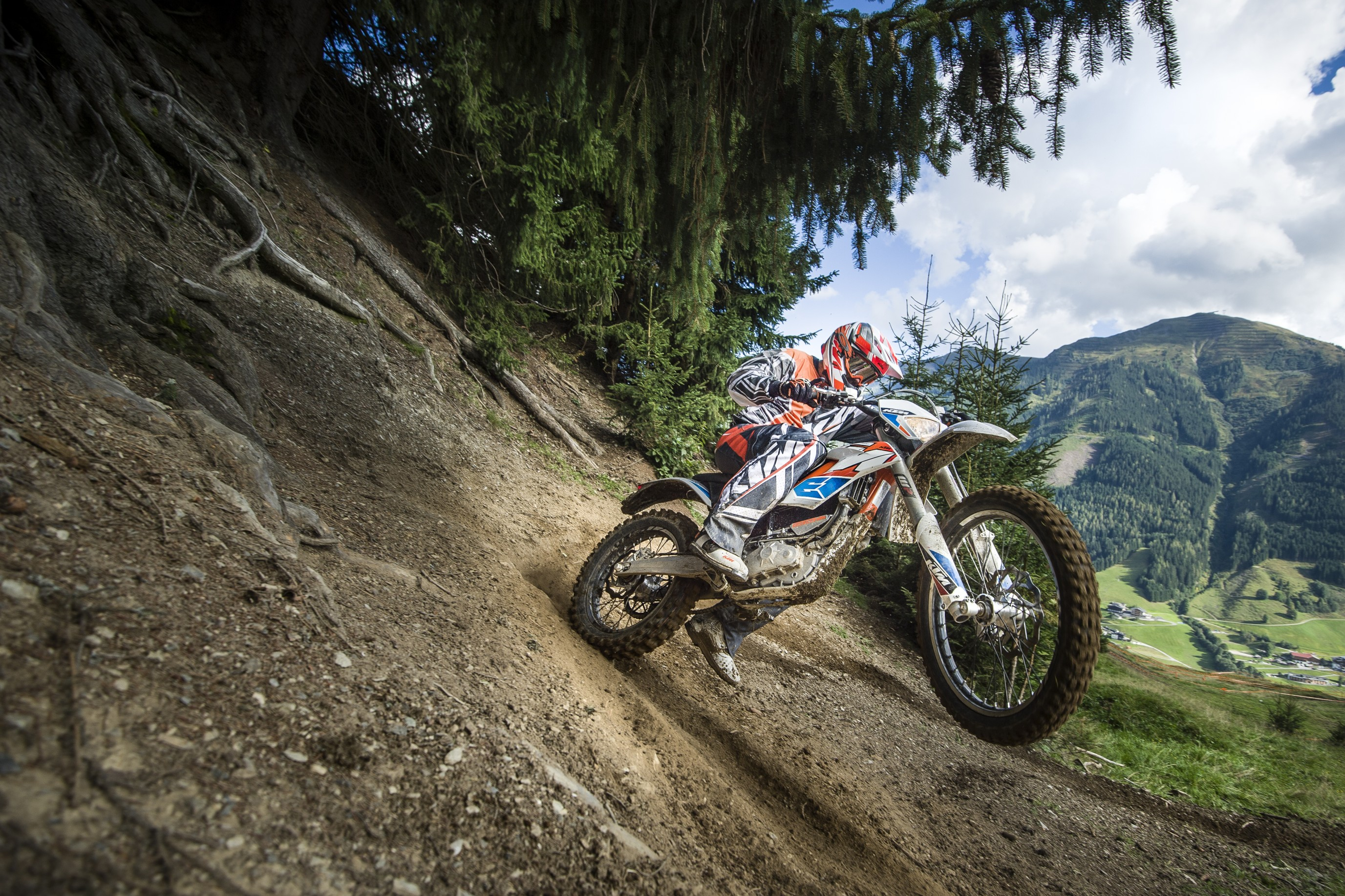 Ride KTM's Freeride-E at the UK's first 'E-park'