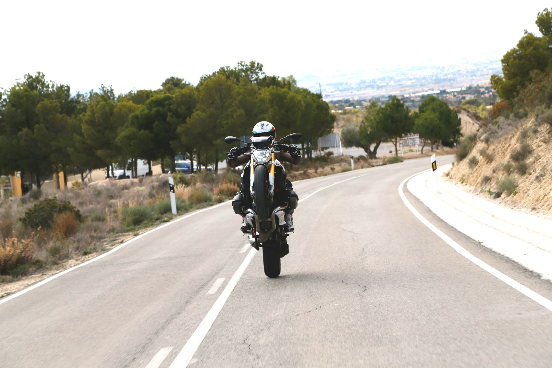 First ride: 2015 BMW R1200R review