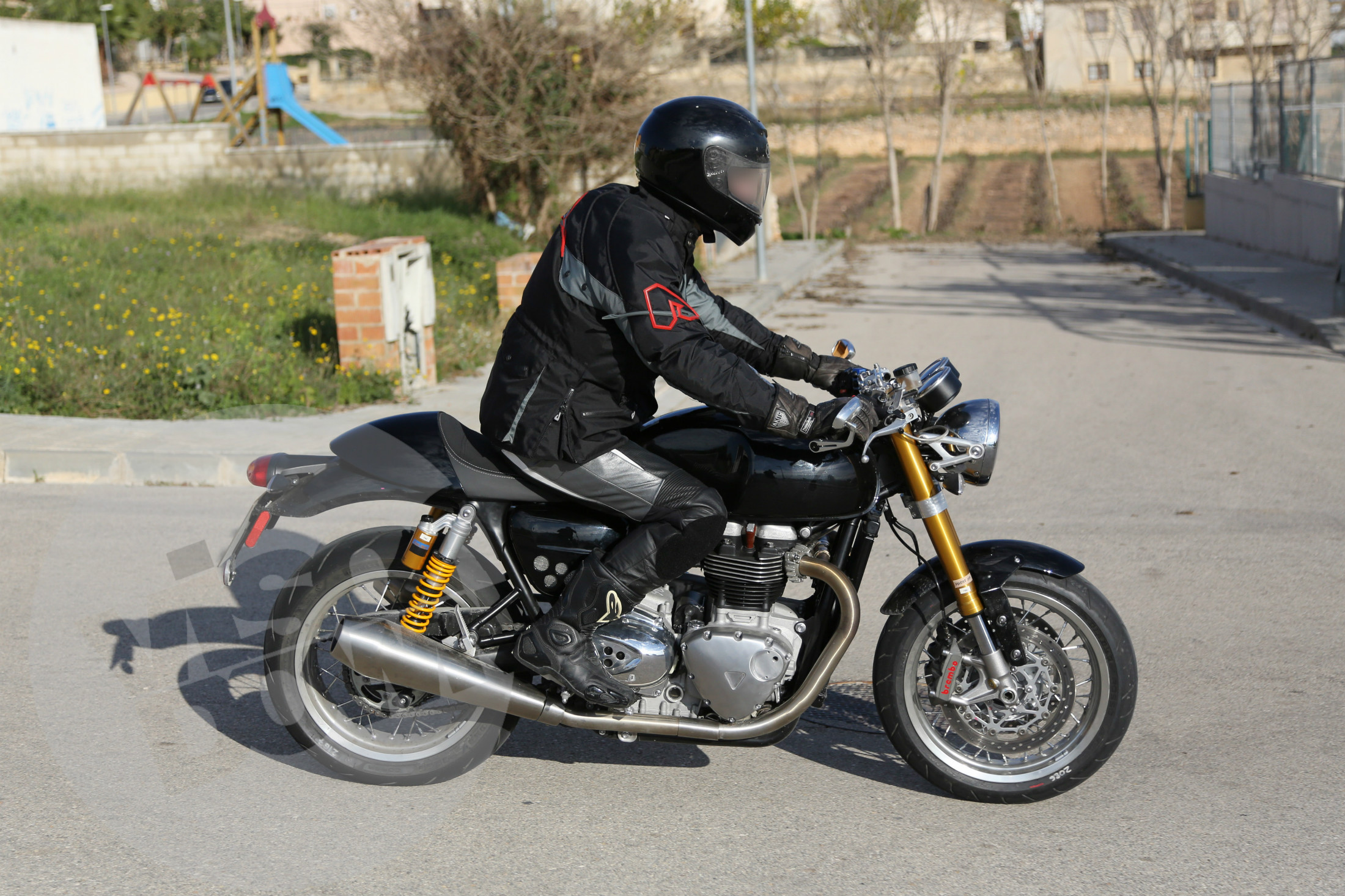New 1100cc Triumph café racer spied testing
