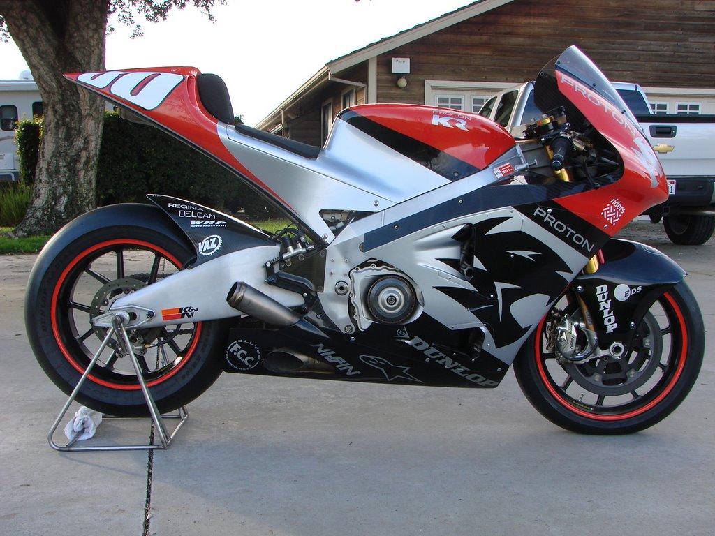 Top 10 oddball 500cc GP and MotoGP bikes