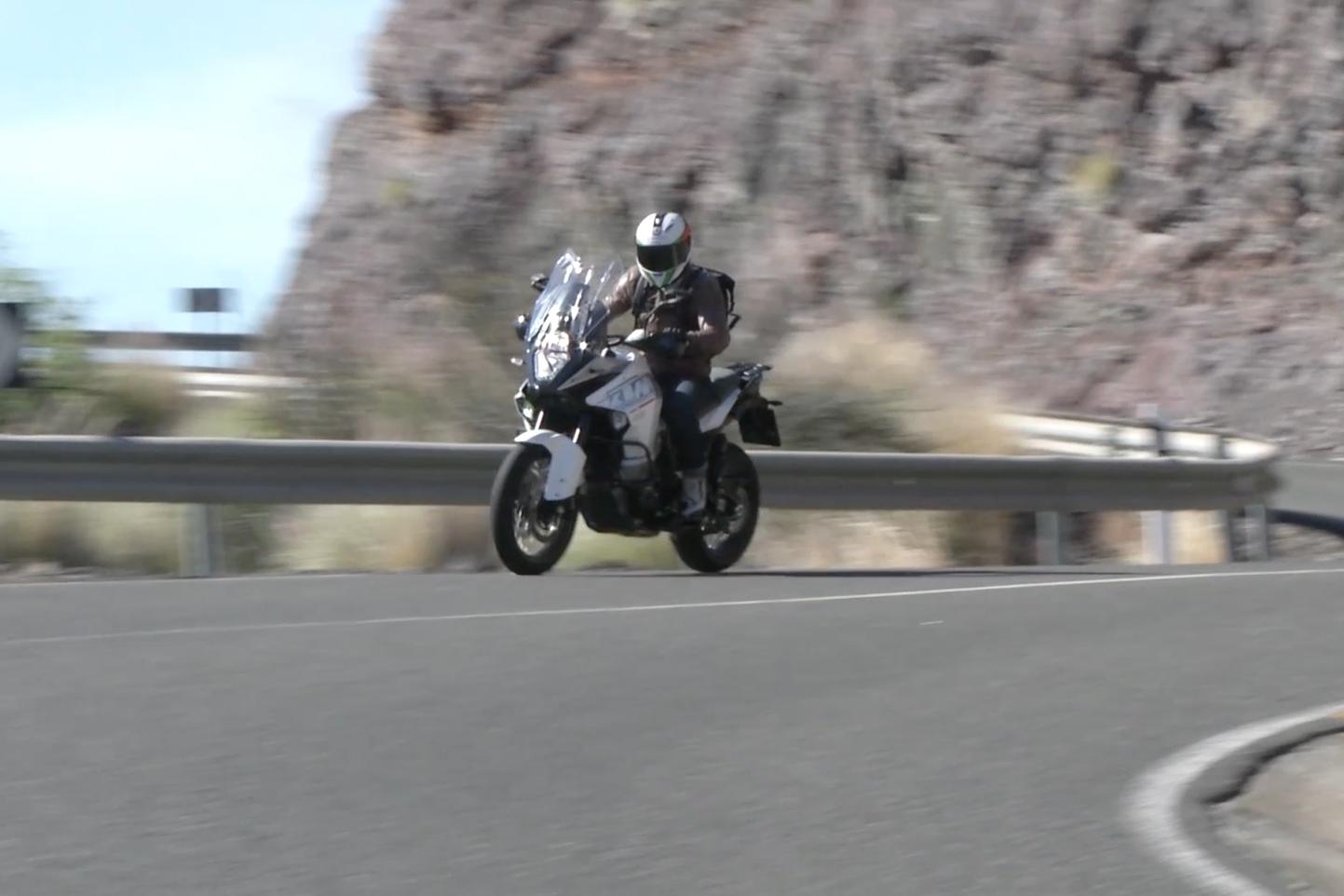Video: KTM 1290 Super Adventure review
