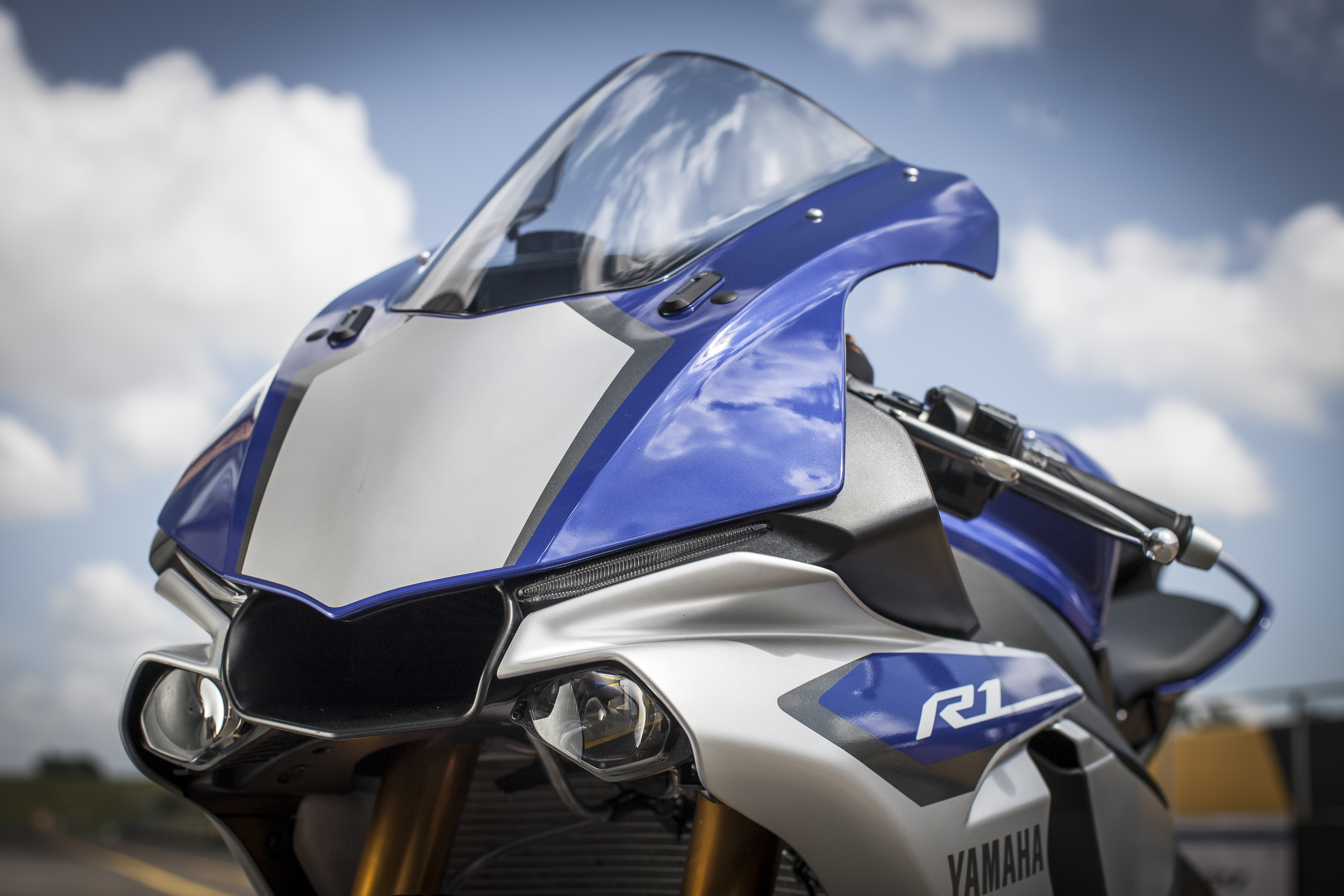 First ride yamaha r1 and r1m review visordown publicscrutiny Images