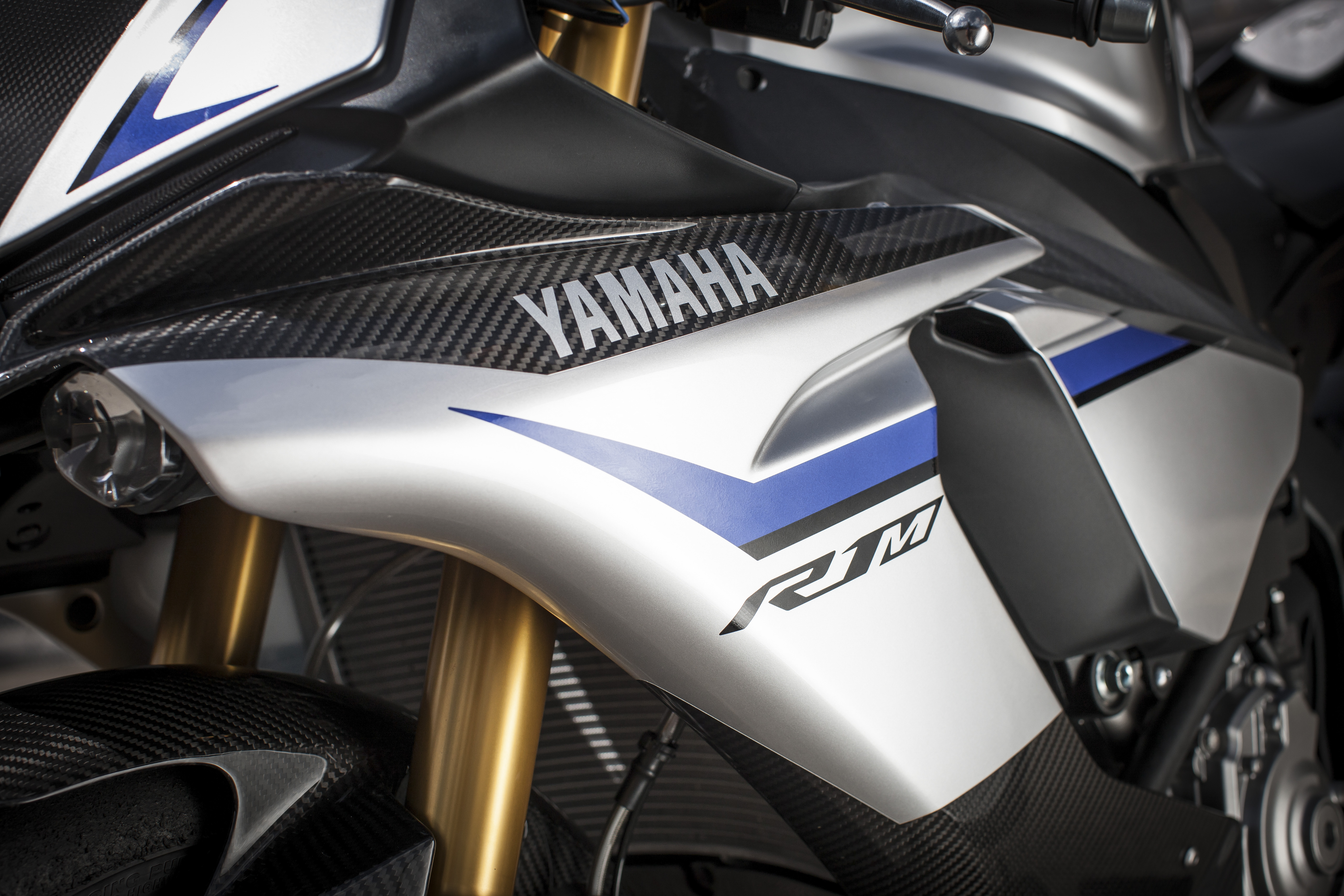 First ride: Yamaha R1 and R1M review | Visordown