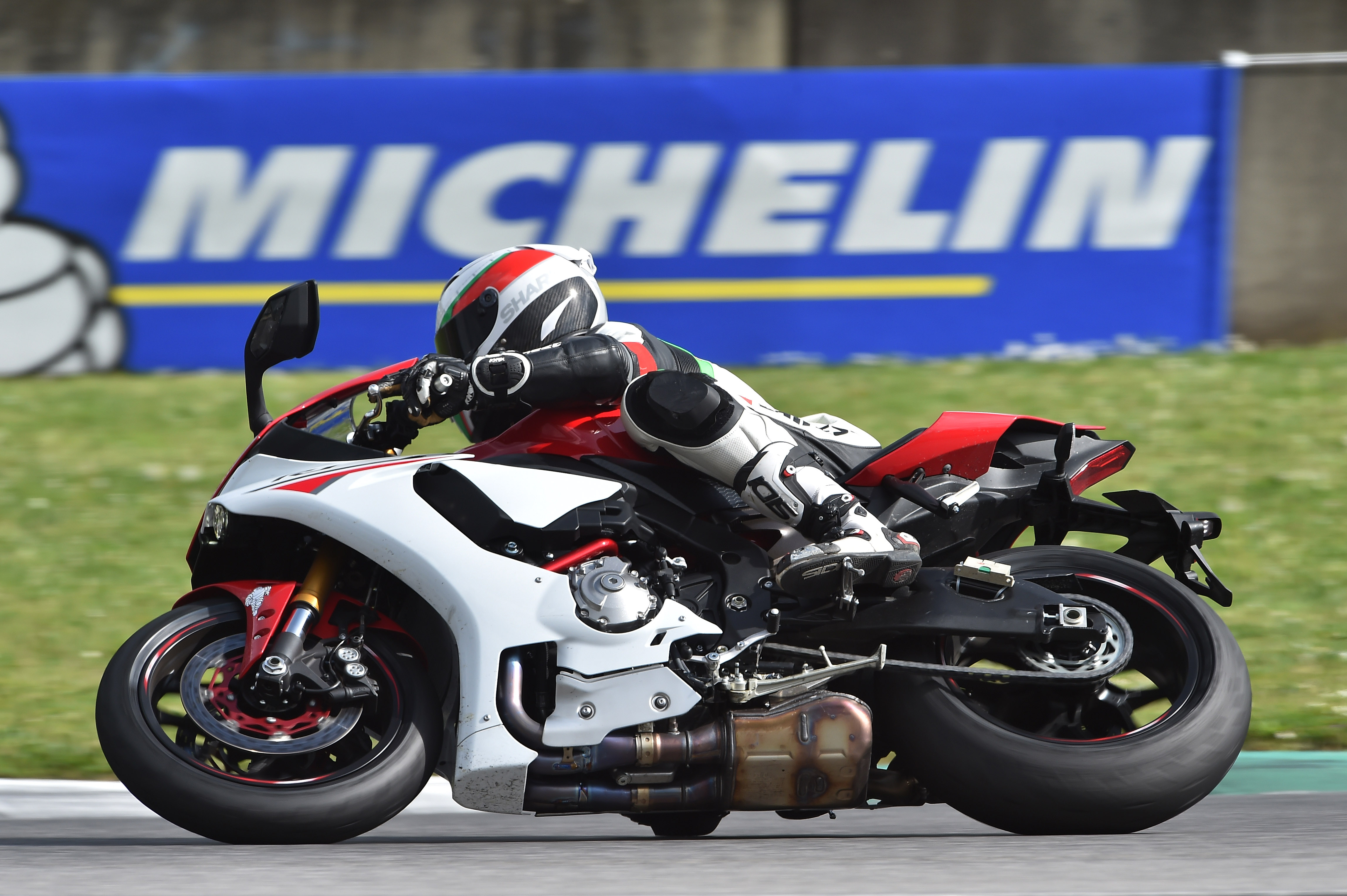 Michelin SuperSport Evo and Power Cup Evo tyre review
