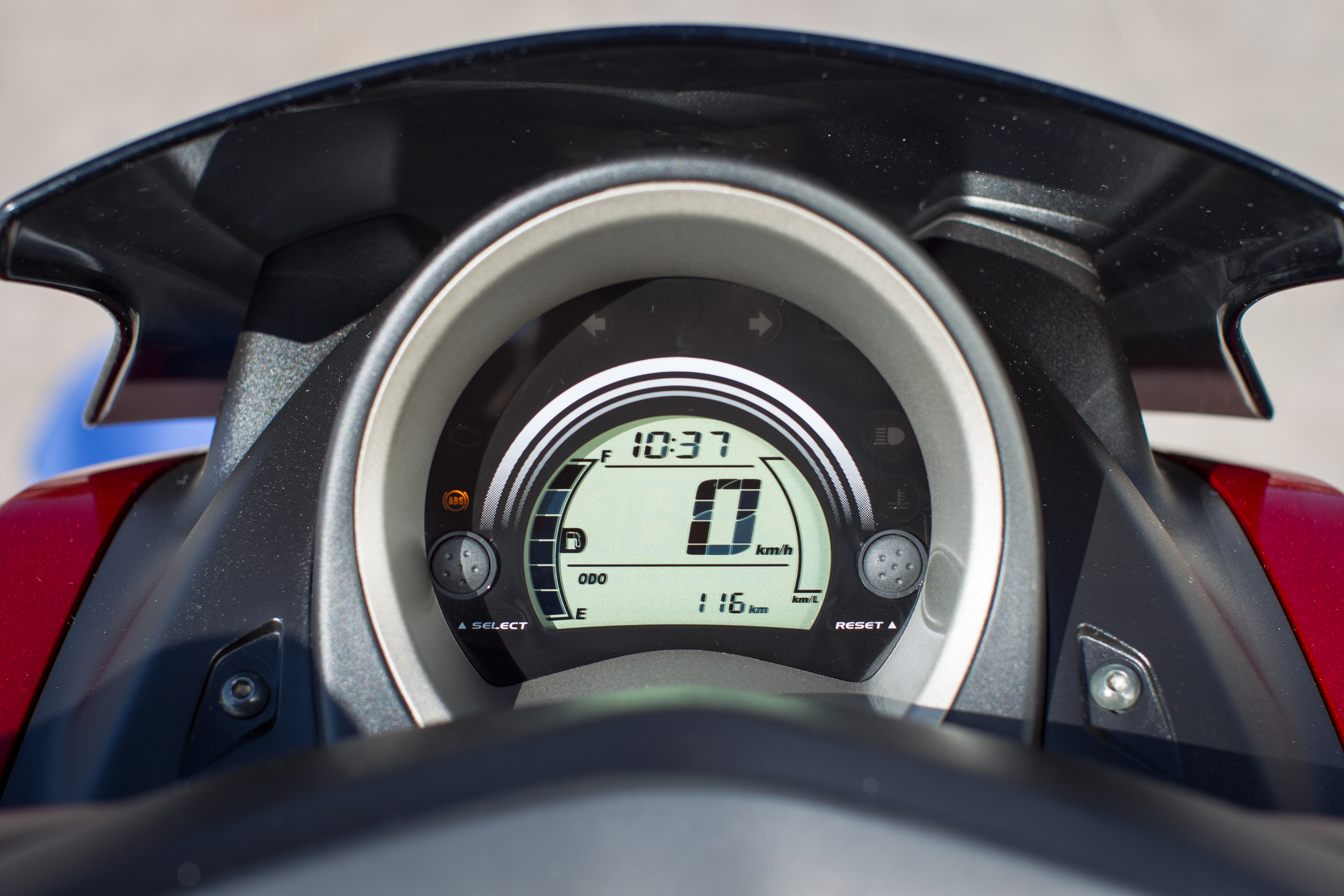 First ride: Yamaha NMAX 125 review | Visordown