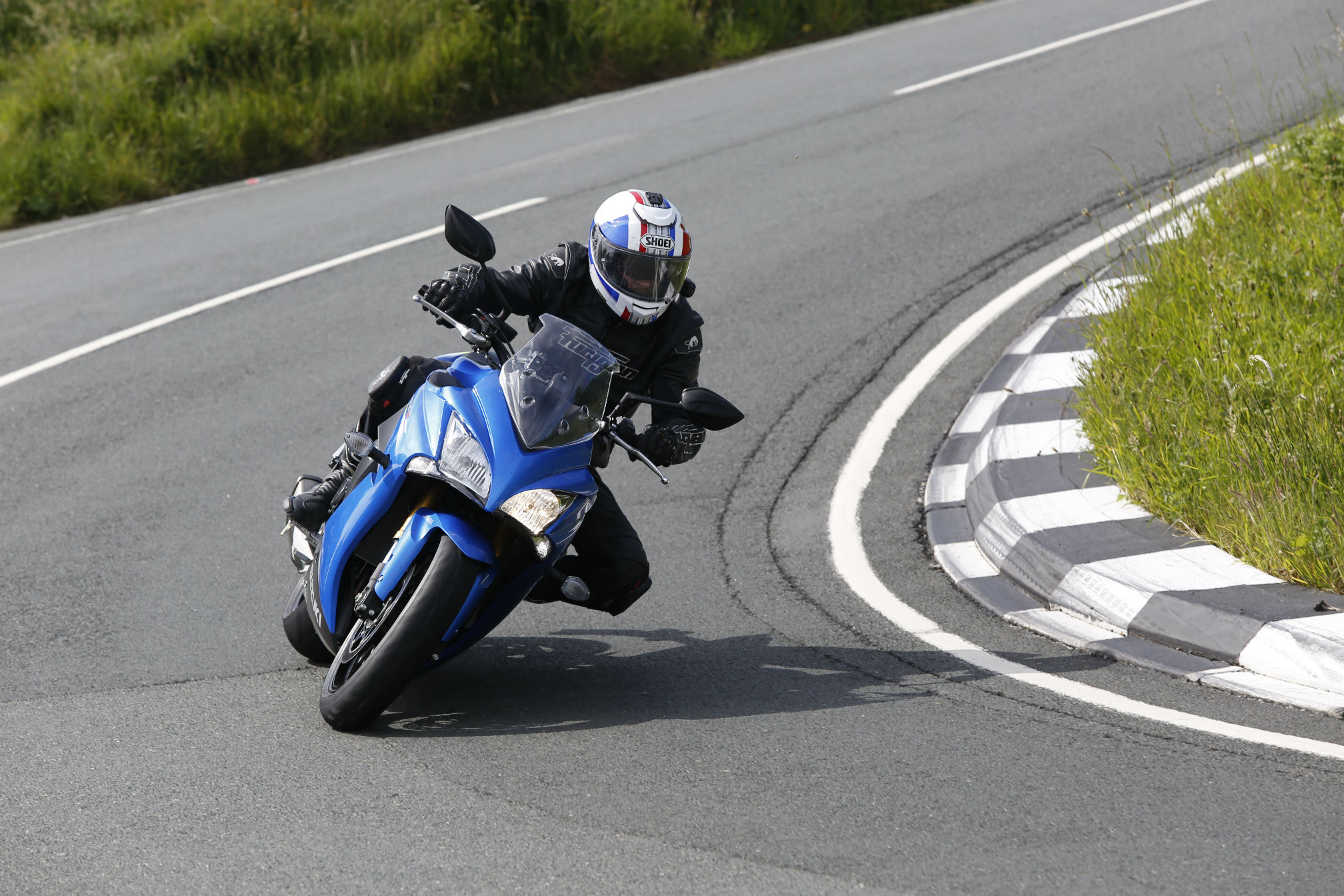 Suzuki Hayabusa Price >> First ride: Suzuki GSX-S1000F review | Visordown