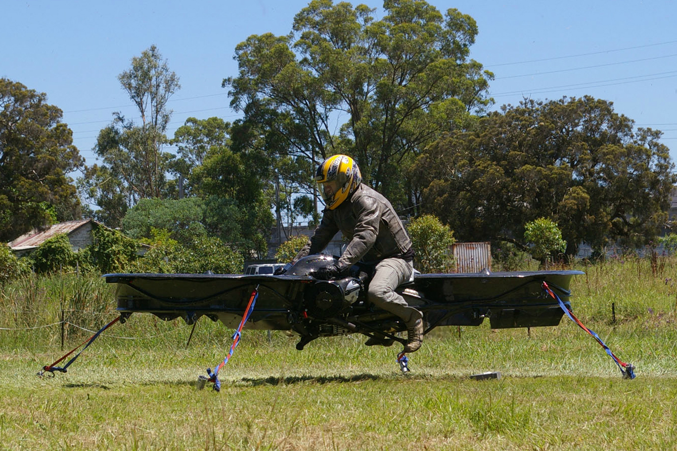 BMW-powered hoverbike has lift off