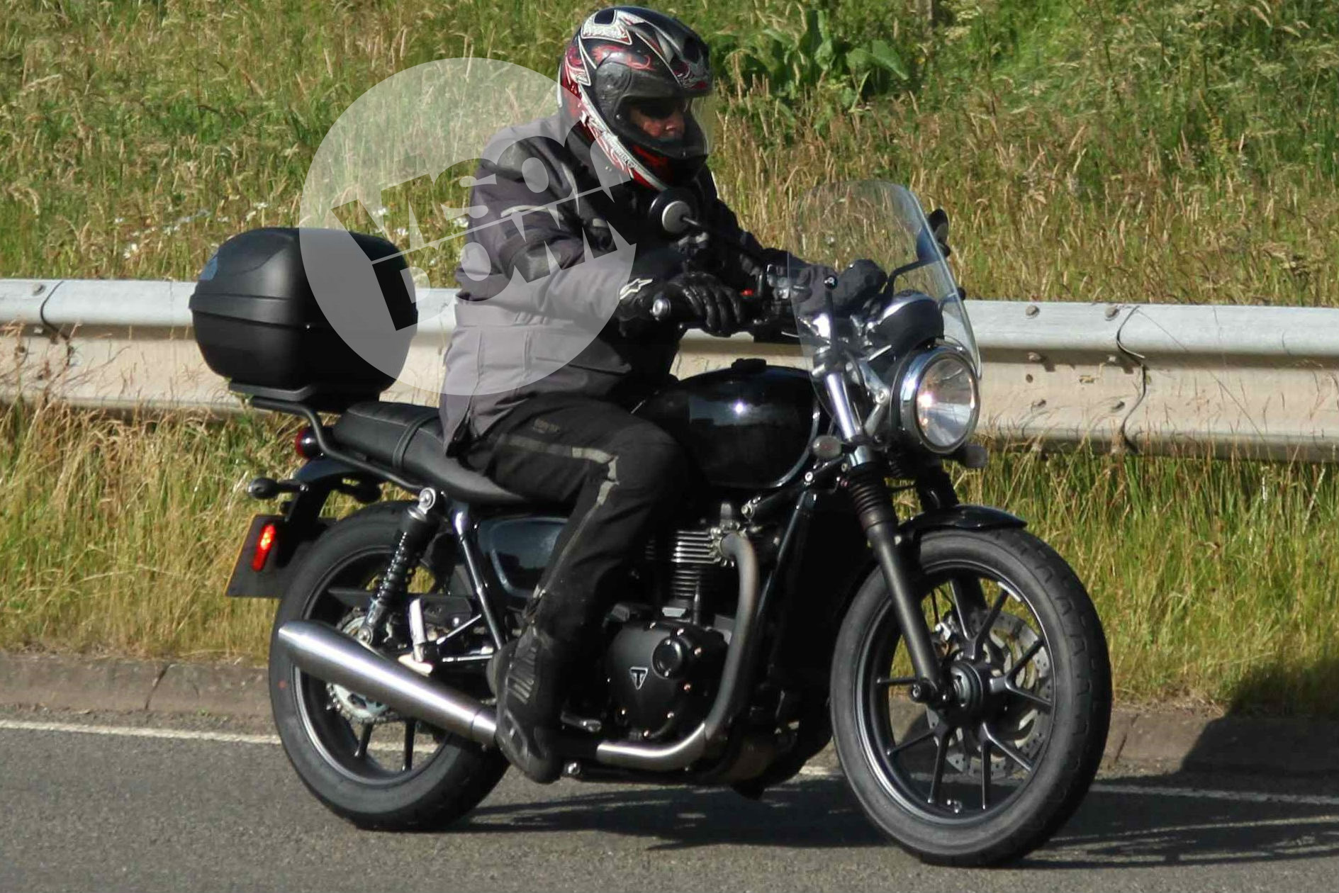 New base-model Triumph Bonneville caught