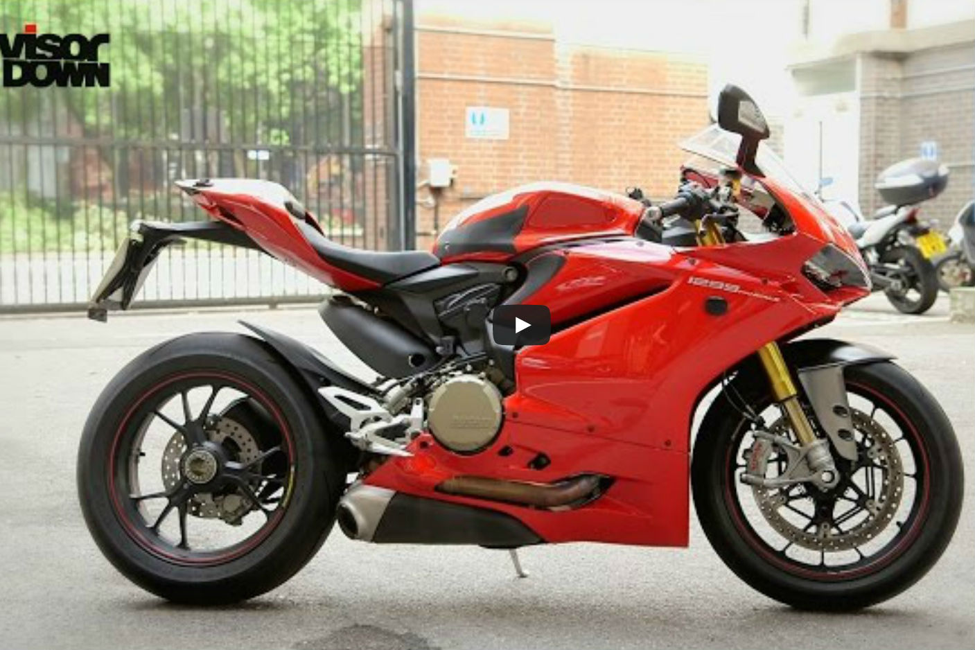 Video review: Ducati 1299 Panigale S road test