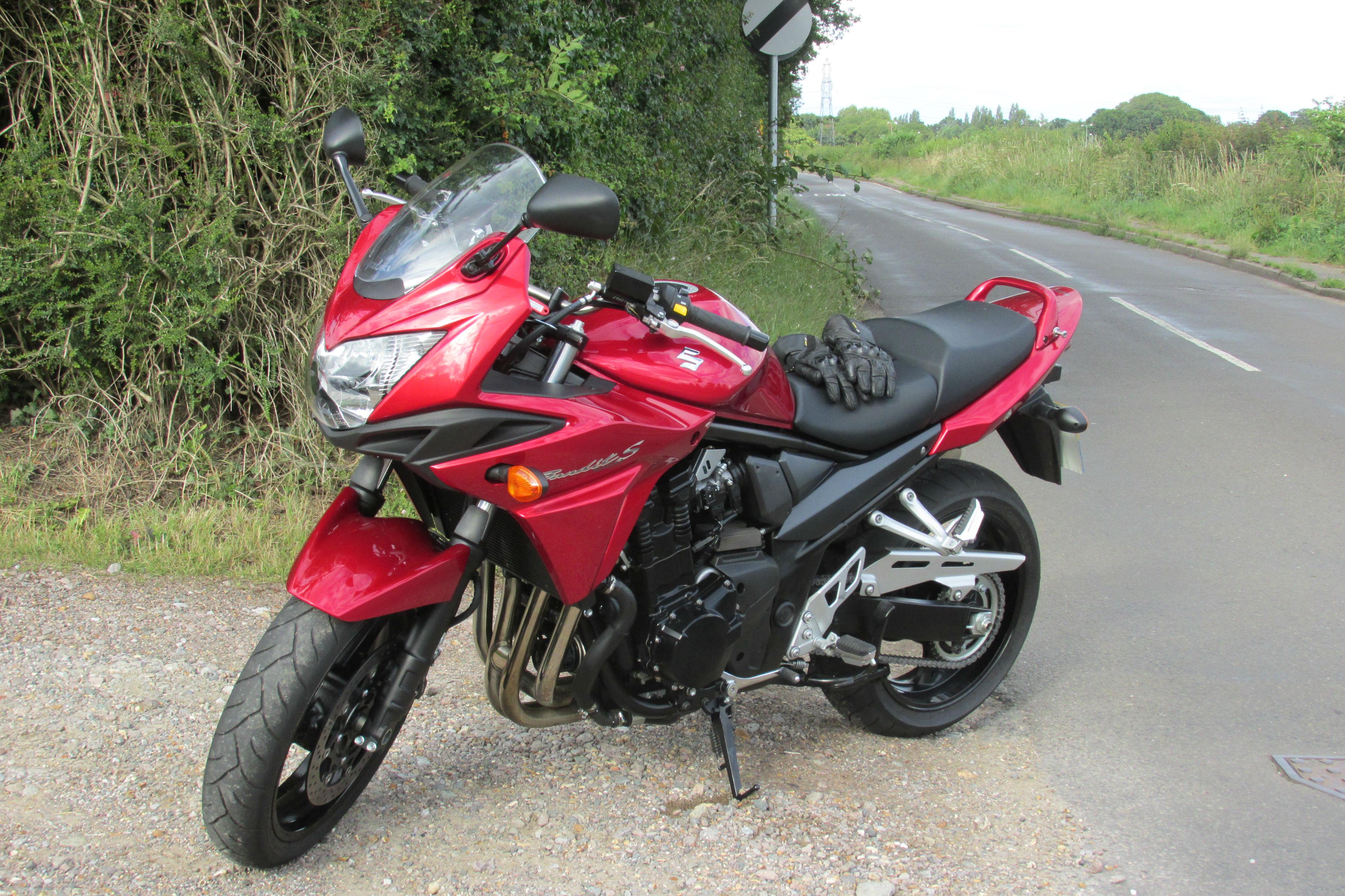 First Ride Suzuki Bandit 1250s Review Visordown