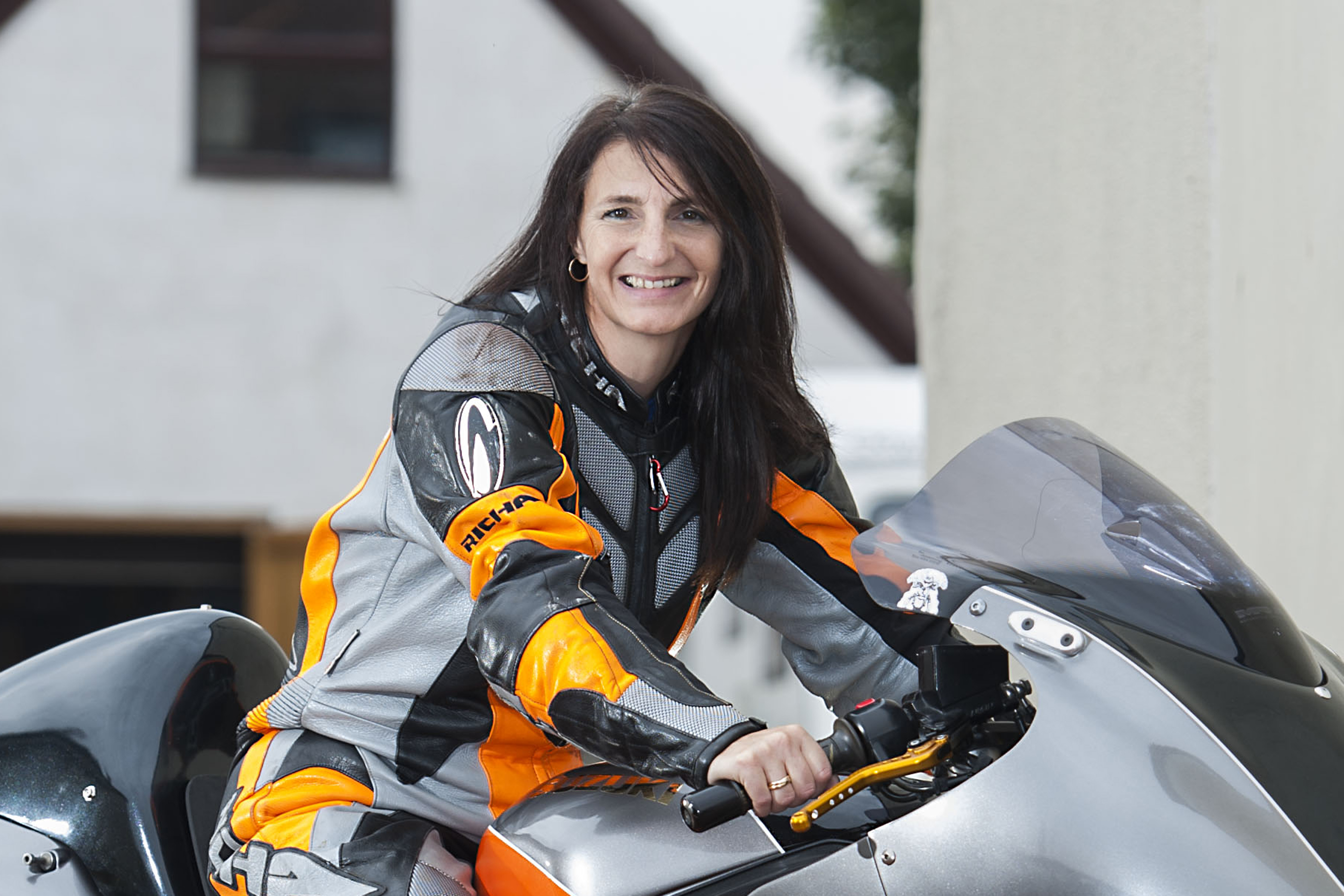 World's fastest woman crashes in record speed attempt