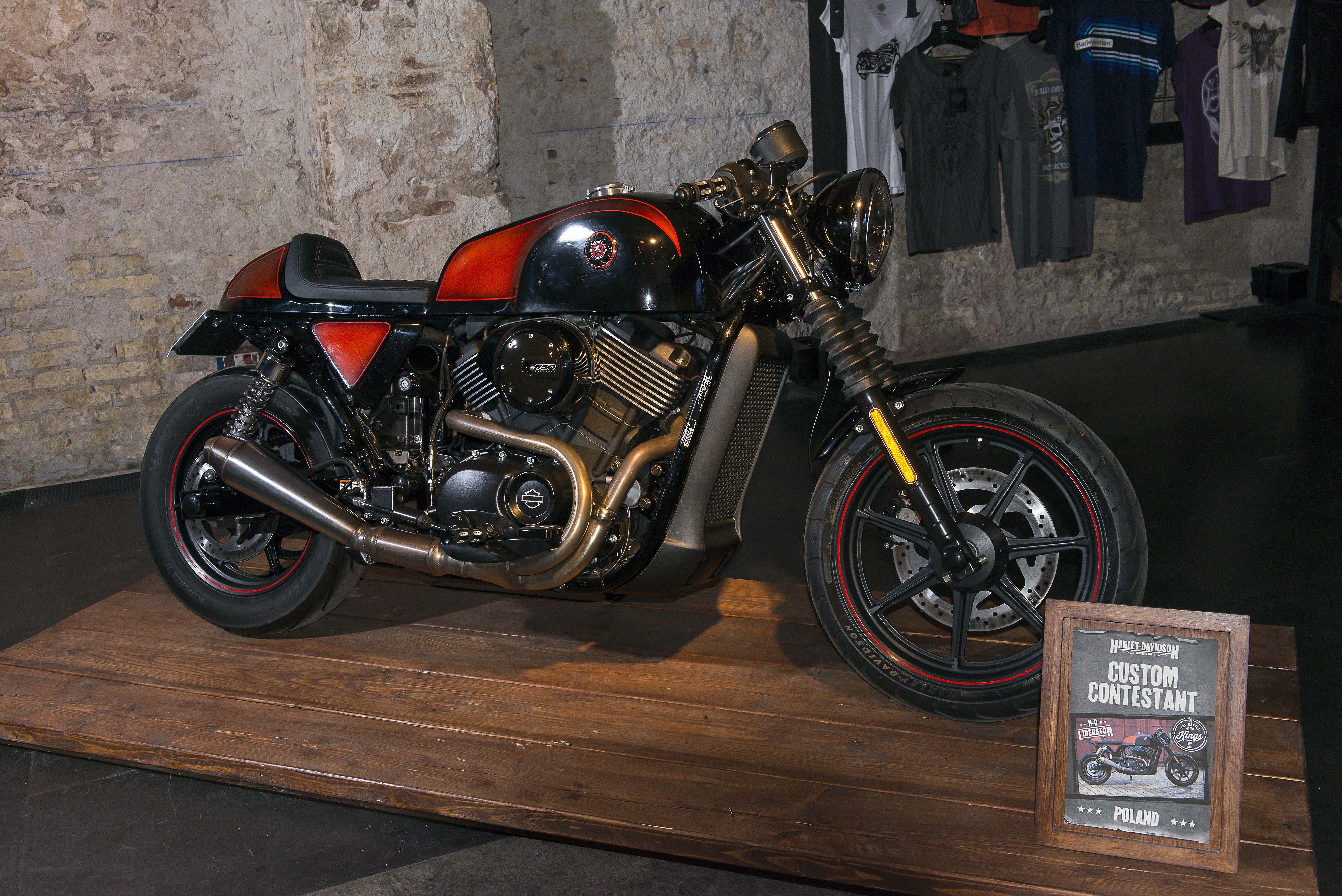 Harley's Street 750 scrambler custom