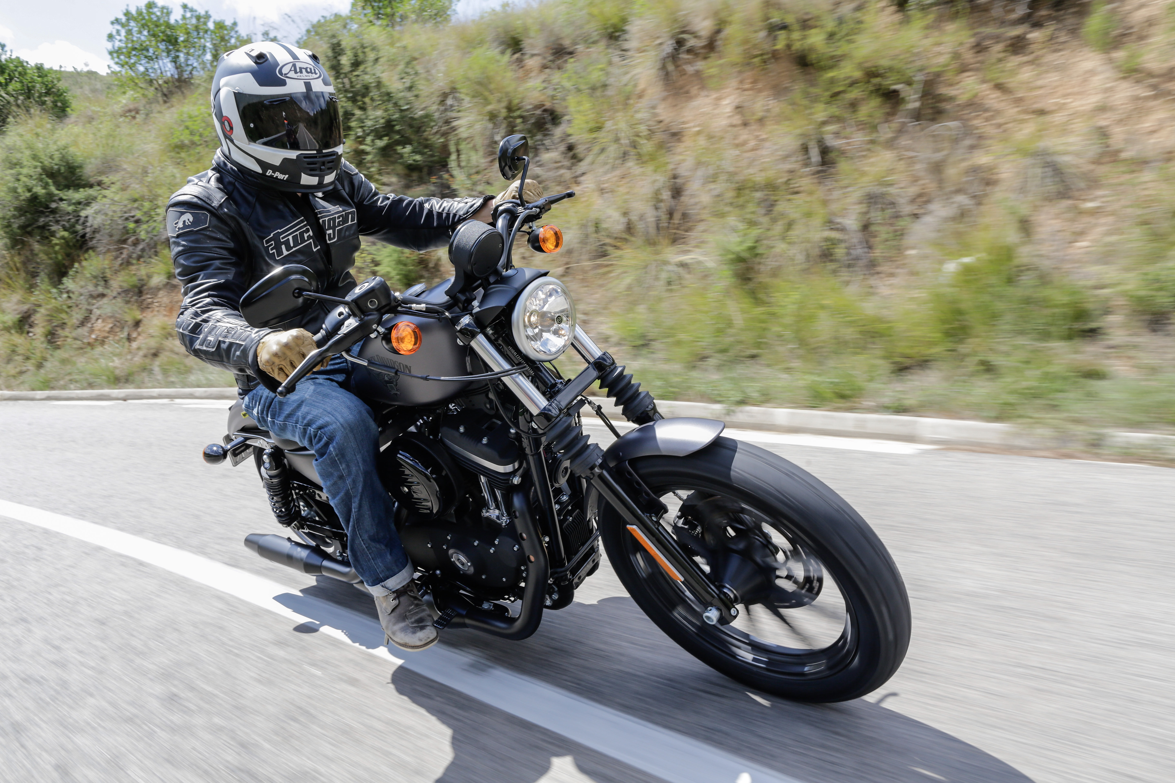 First ride: Harley-Davidson Sportster Ir... | Visordown