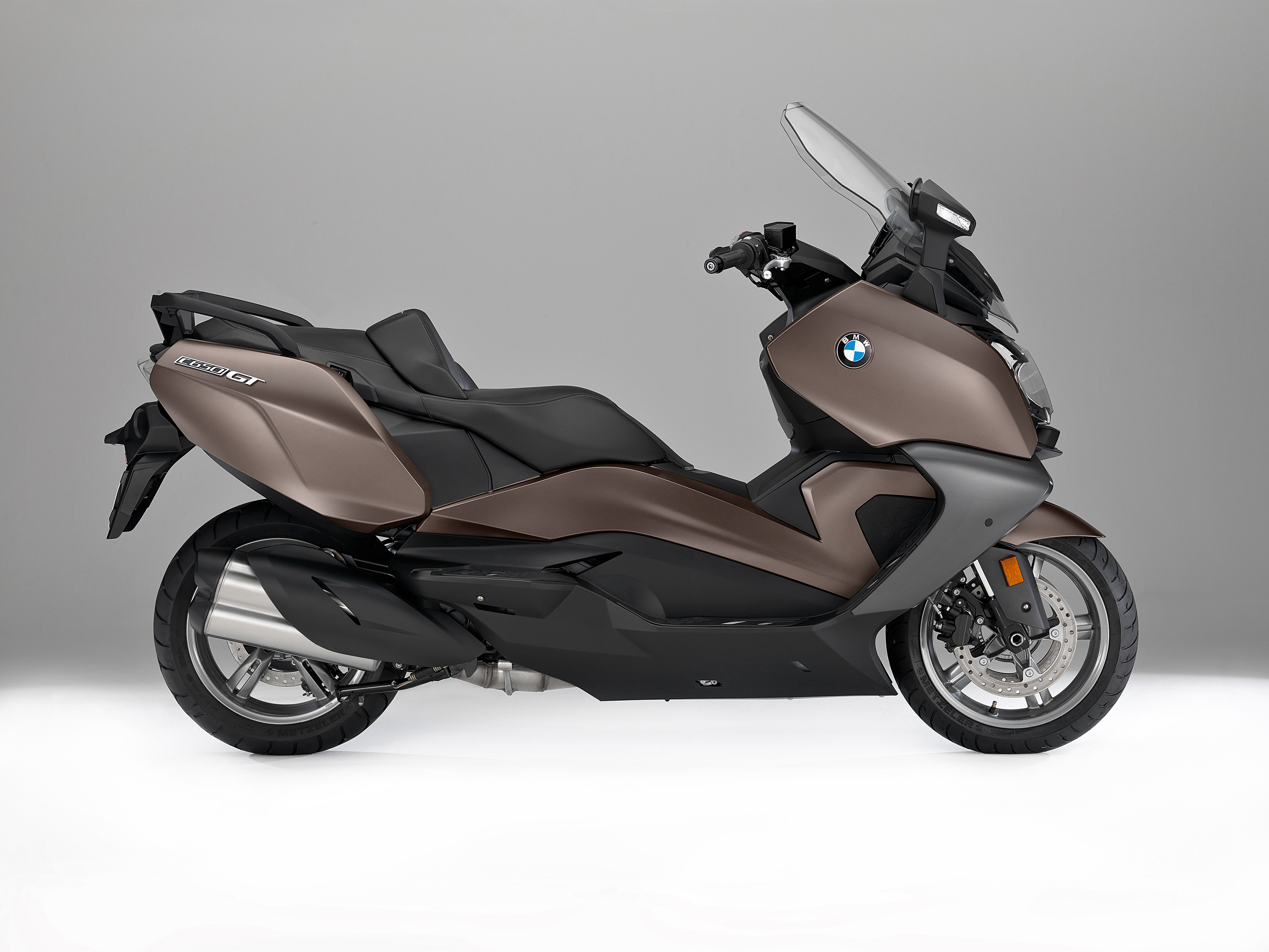 meet schwarzenbauer said second is offering considering sharing a wheelers mulls two scooter growing bmw skirting onweb electric congestion motorcycle congested ride for bloomberg in mulling demand agile cities to