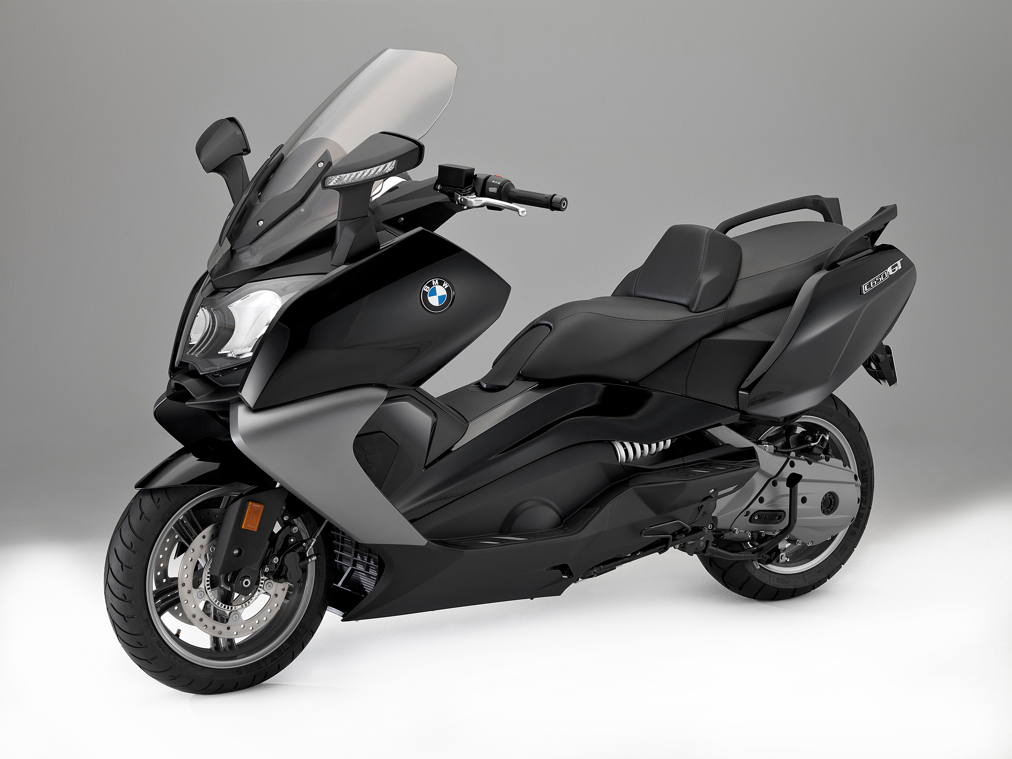updates for bmw c 650 sport and c 650 gt visordown. Black Bedroom Furniture Sets. Home Design Ideas