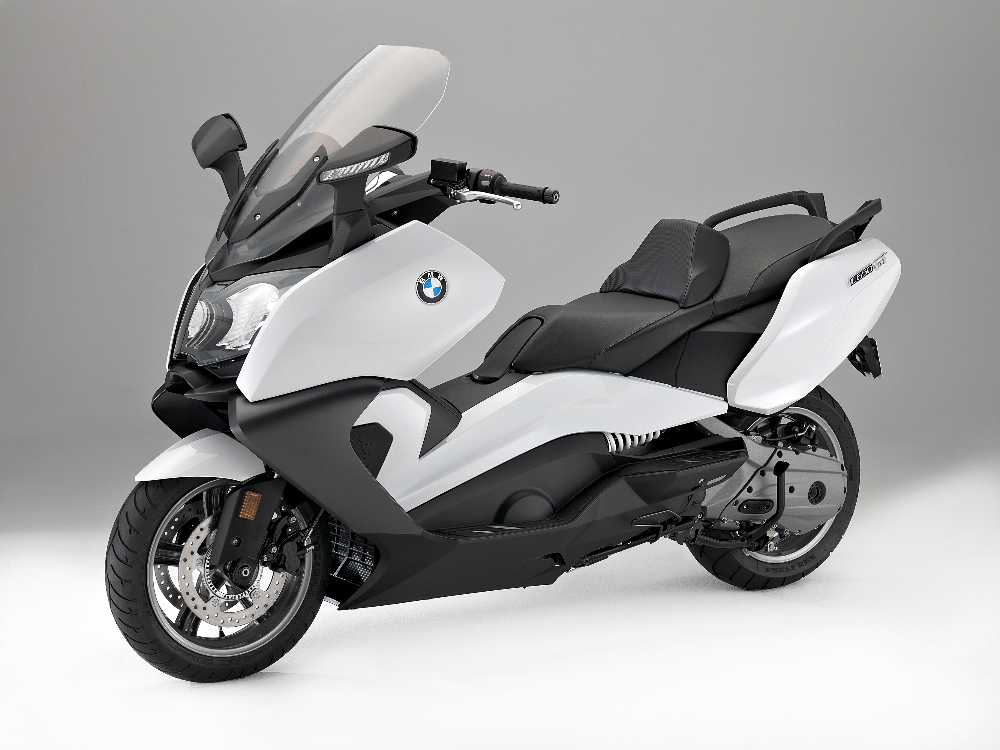 and c scooters new scooter the maxi news review gt bike sport bmw