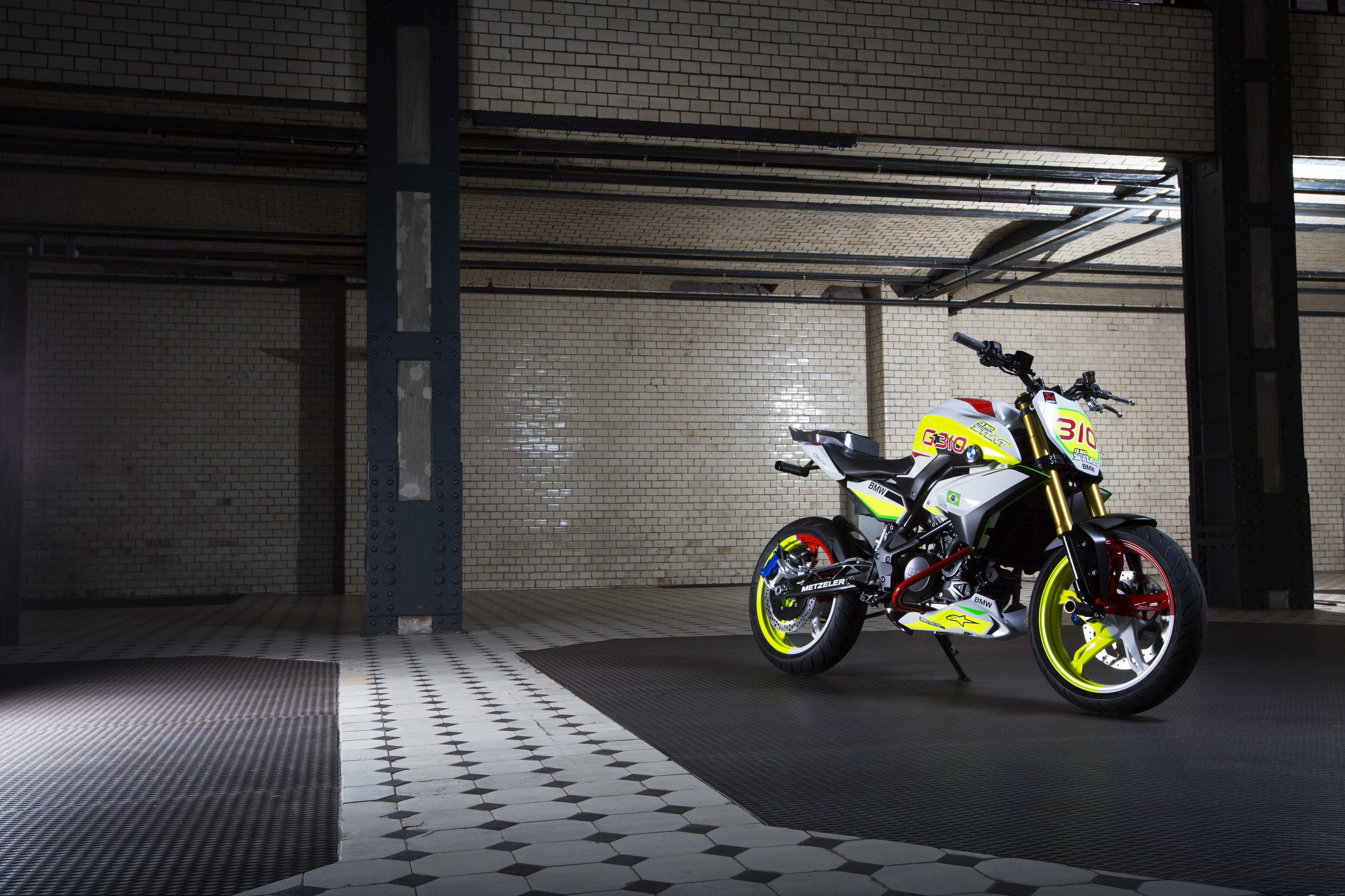 BMW's new 300cc bike revealed in concept form