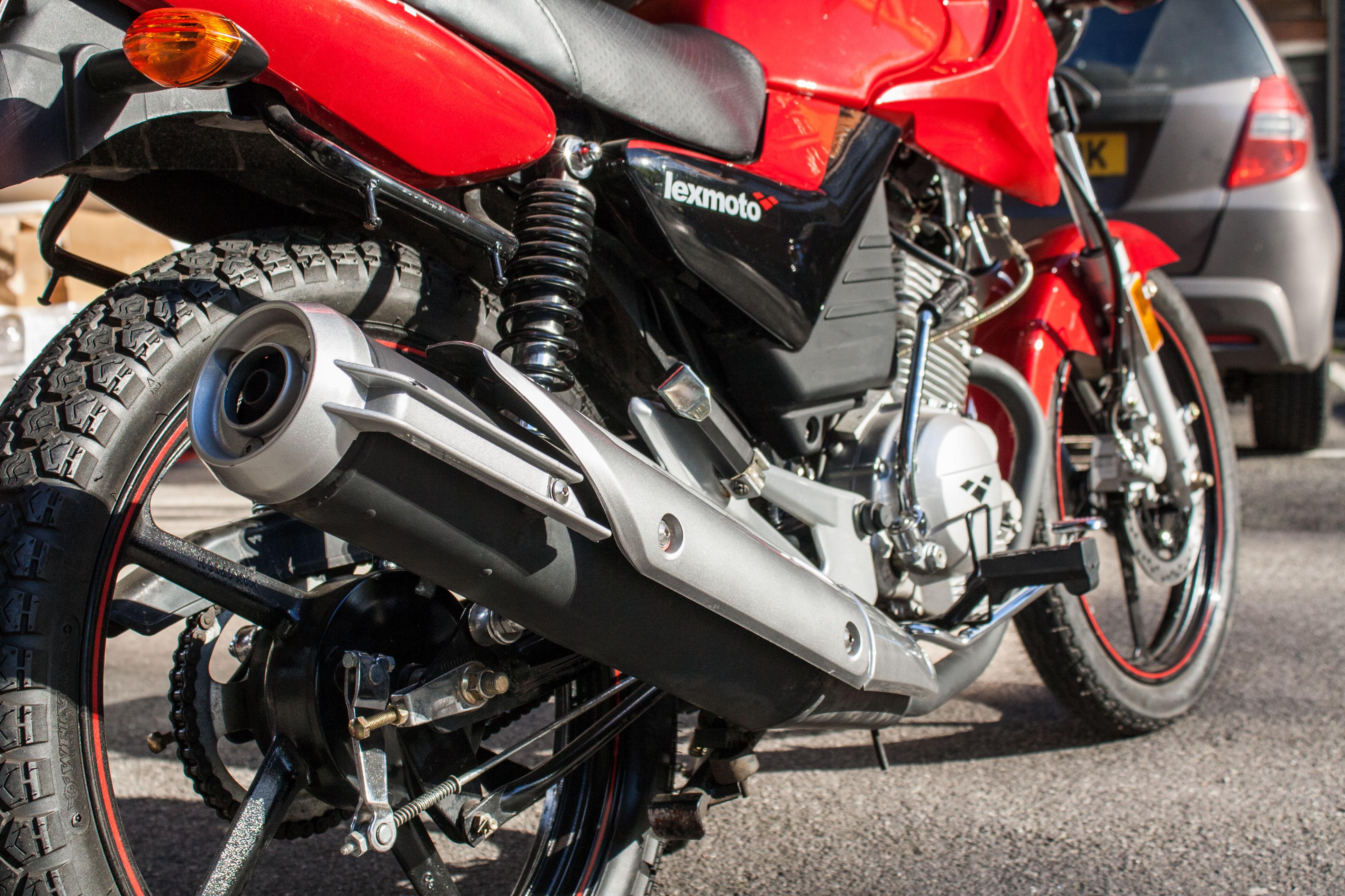 First ride: Lexmoto ZSF 125 review