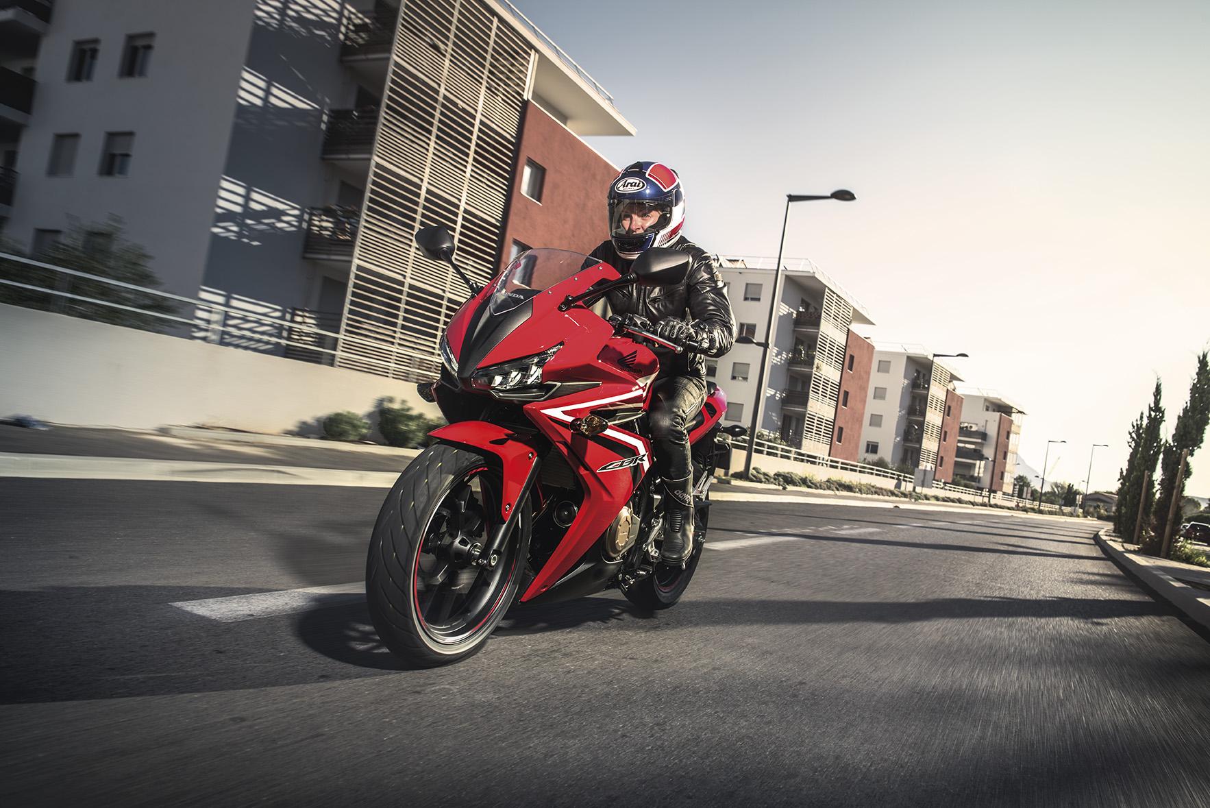 2016 Honda CBR500R debuts