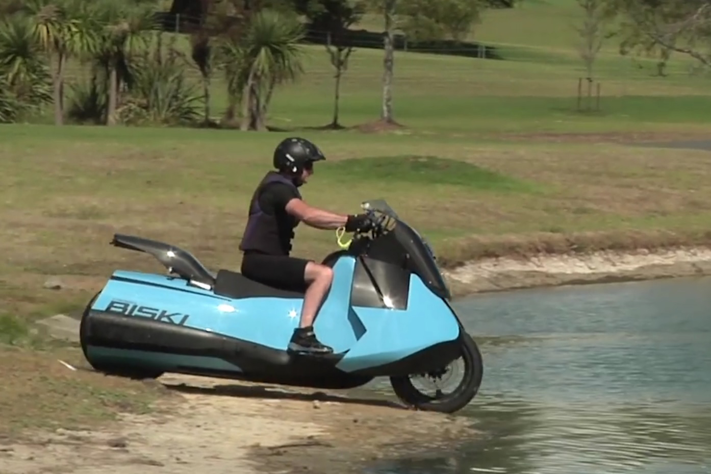 Motorcycle-jetski-thing dream becomes reality