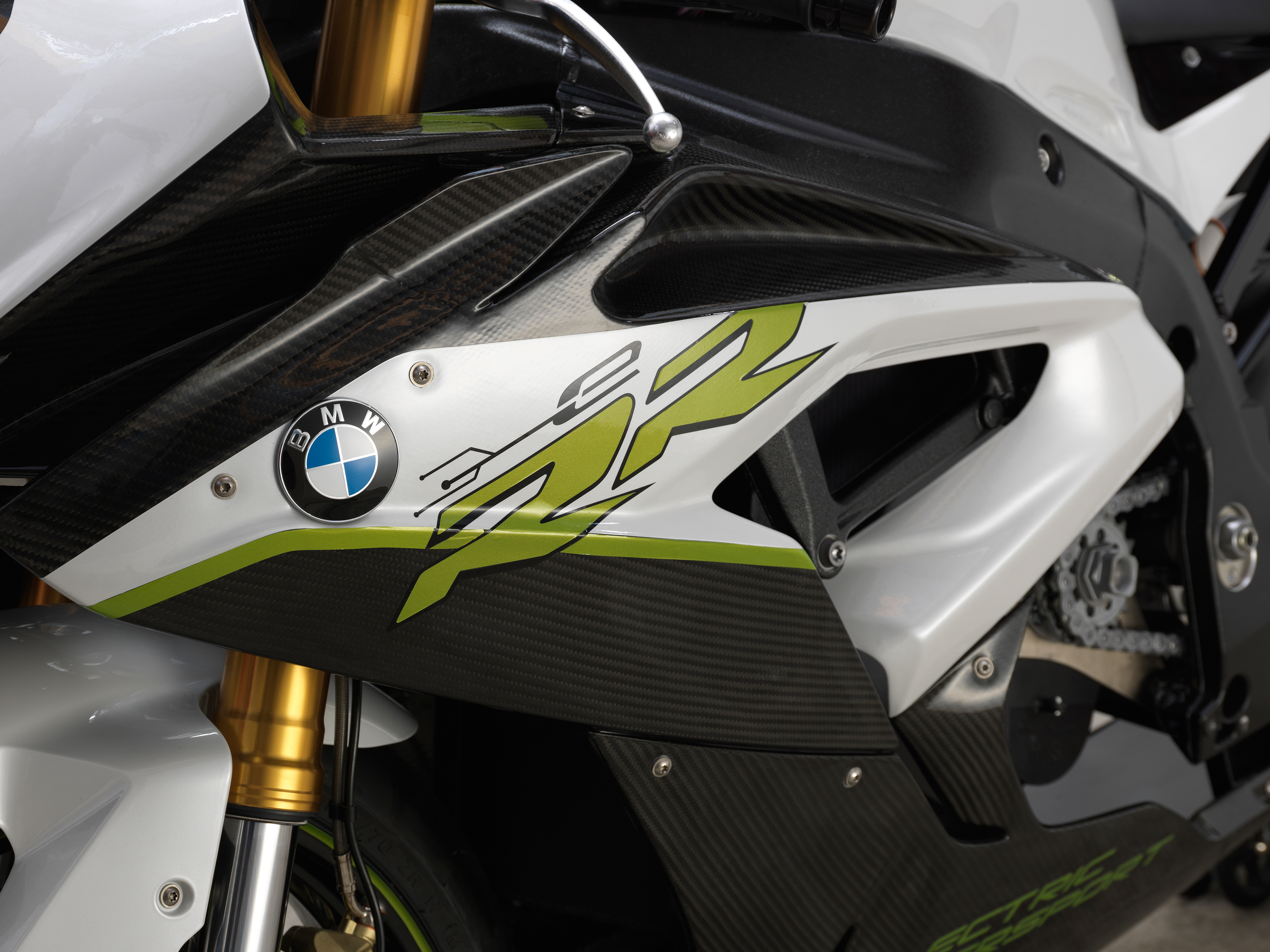 BMW's electric S1000RR revealed