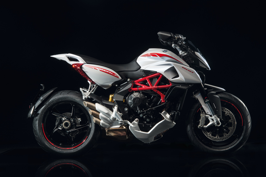 Three-cylinder MVs updated for 2016