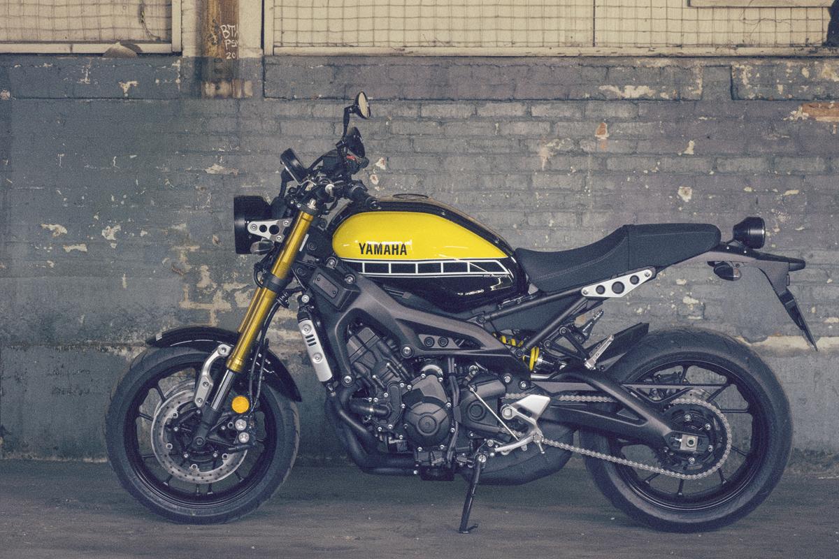 Yamaha introduces the xsr900 visordown for Yamaha xsr900 price