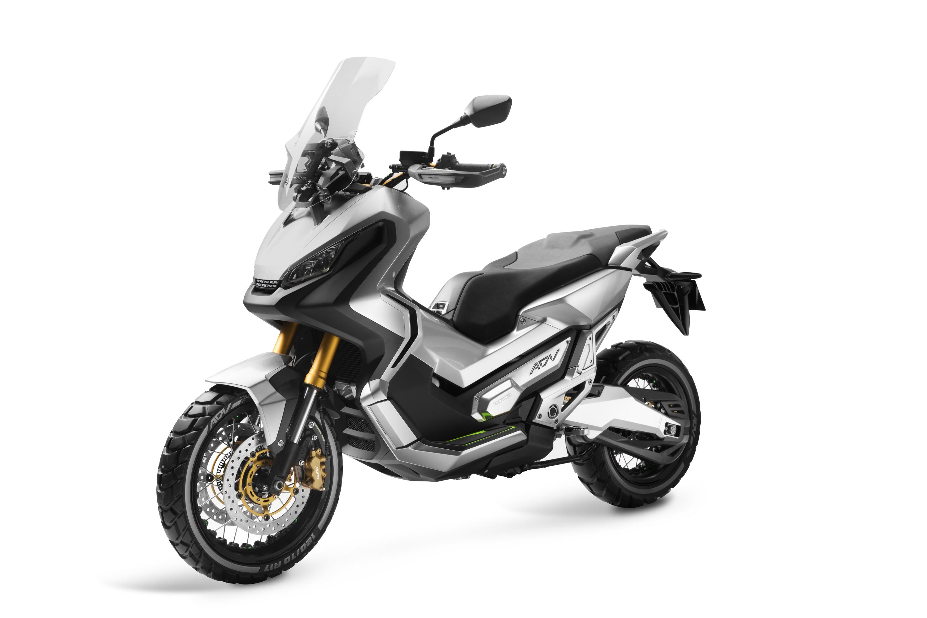 Honda's adventure scooter 'available from 2017'