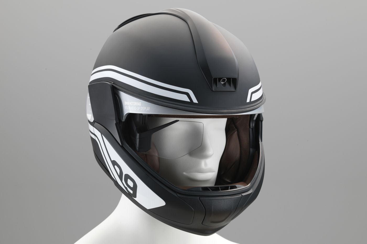 the idea of a headsup display into a motorcycle helmet is not a new one u2013 firms like skully have been trying to perfect it for years u2013 but