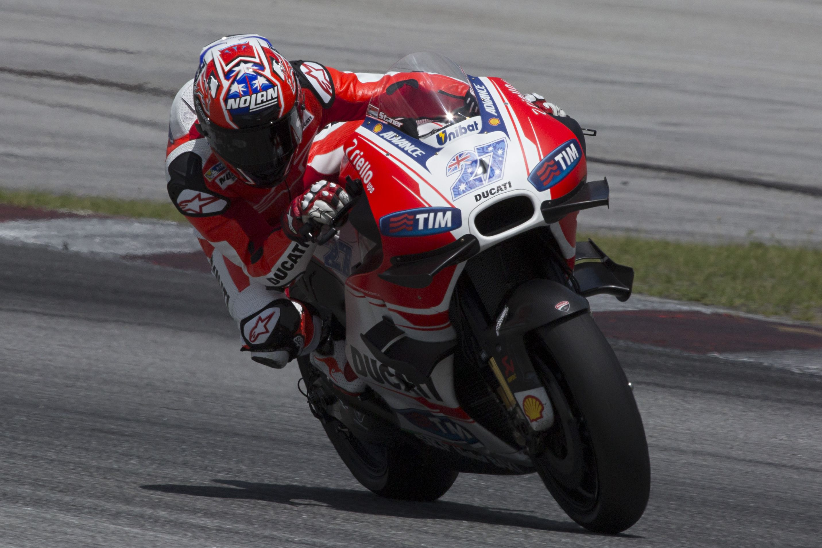 Casey Stoner completes Sepang test for Ducati