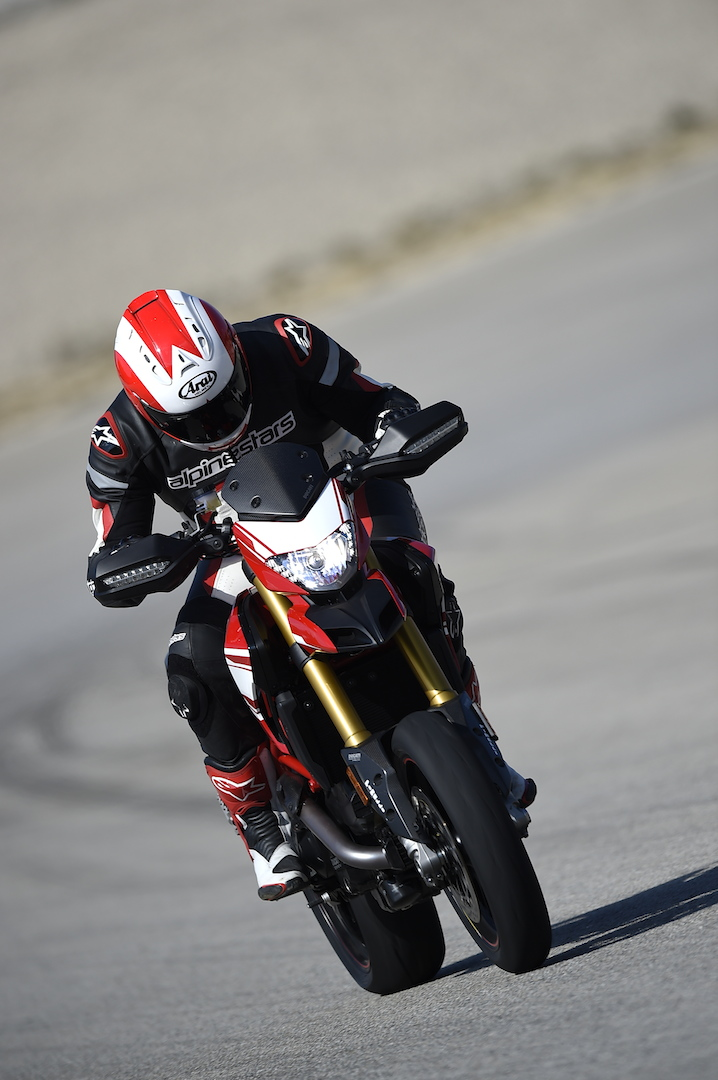 First Ride Ducati Hypermotard 939 Sp Visordown