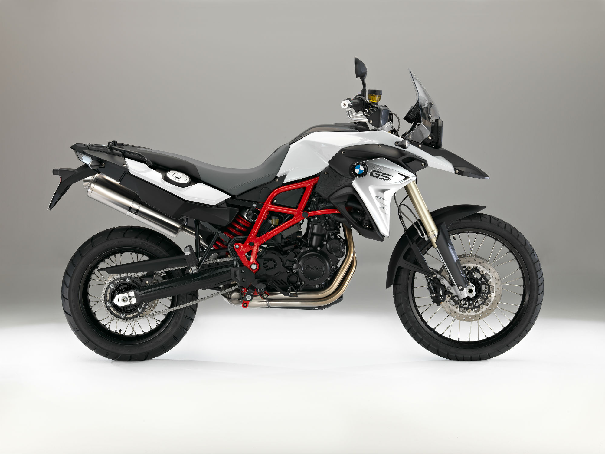 first ride bmw f700gs and f800gs review visordown. Black Bedroom Furniture Sets. Home Design Ideas