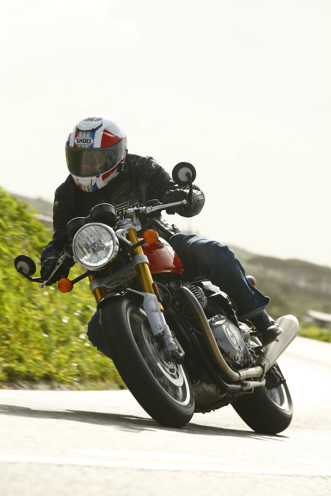 triumph thruxton r review with specs and | visordown