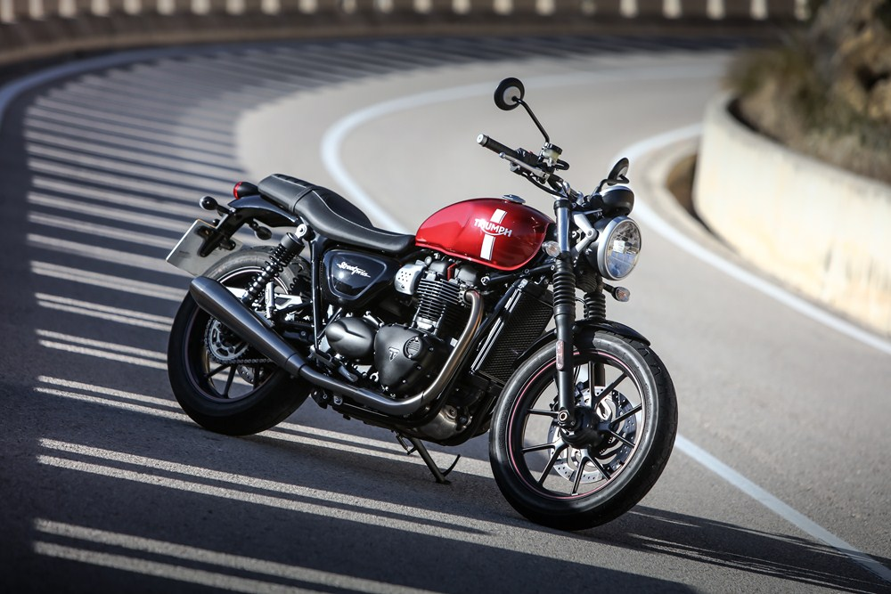 Triumph Bonneville T120 and Street Twin recalled