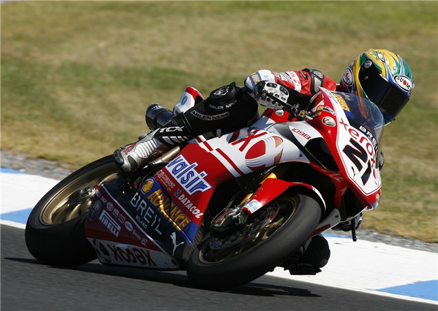Racing legends to star at Phillip Island