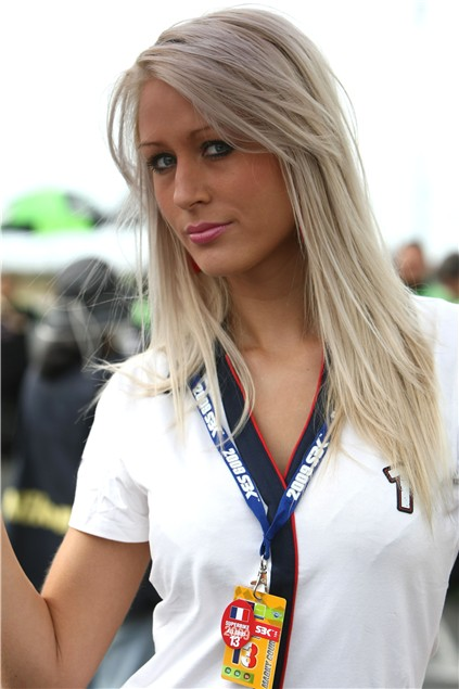 WSB: 2009 Magny Cours Grid Girls Gallery