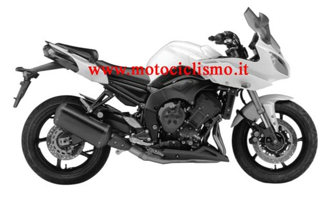 2010 Yamaha FZ8 leaked first shots