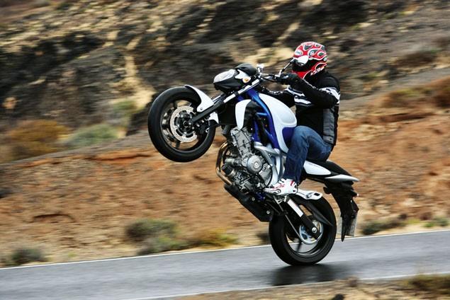 2009 Suzuki Gladius review