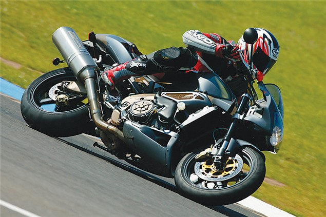The Mille Family - RSV & Tuono track test