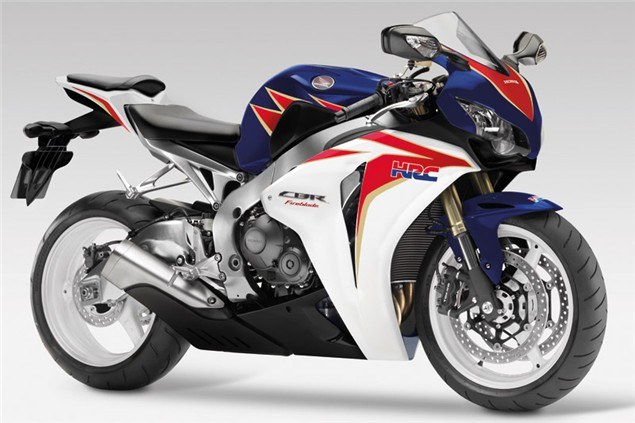 Dealers give the Fireblade the thumbs up