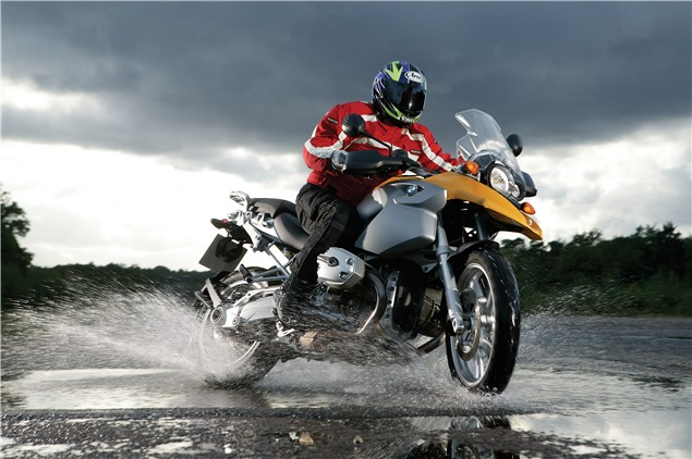 Wet weather motorcycle riding tips