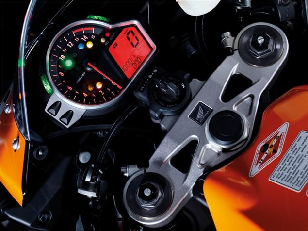 First Ride: 2009 Honda Fireblade CBR1000RR C-ABS