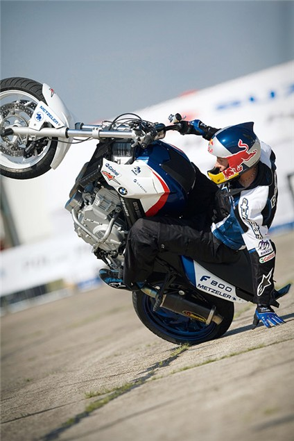 Bluffers Guide...Stunt Riding