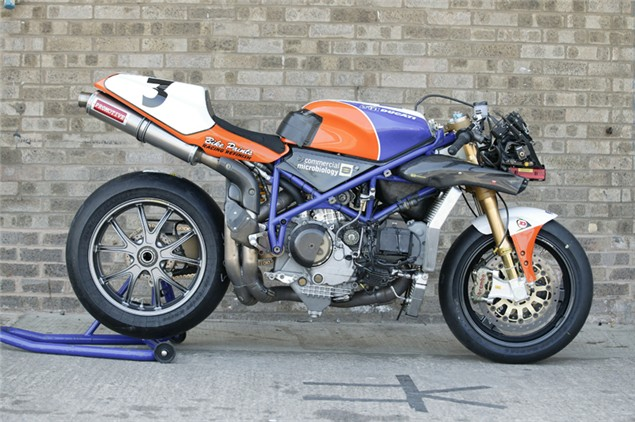 Road V Race - Superbikes